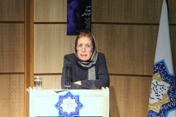 ایبنا - آموزگار: زندهیاد فرهوشی کوشید عمق و جذابیت فرهنگ ایران را به همگان بشناساند/ «فرهنگ پهلوی» استاد راهگشای پژوهشهای آینده