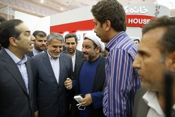 Culture Minister visits IBNA stand in Press Exhibition