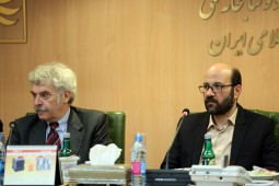 Director of Italian Publishers Association visits Iran's National Library