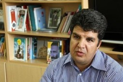 الوندی: جام باشگاههای کتابخوانی زمینهساز ترویج کتابخوانی است