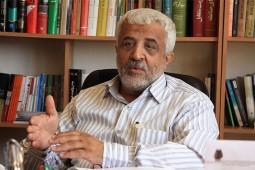 گلعلی بابایی: باید قدردان نویسندگان کتابهای شهیدان باشیم