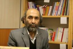 حکمت: نقد وضعیت موجود تاریخ فلسفه اسلامی در کتاب فلاطوری مشهود است