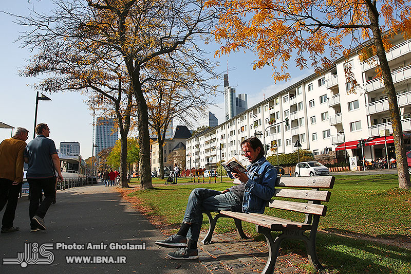 Frankfurt, the city of tremendous beauties -1