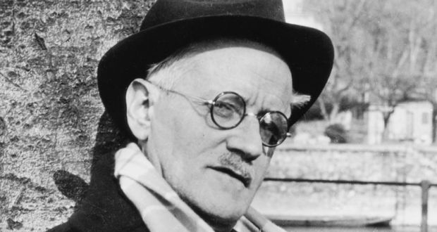 نویسندهای که مرگش از زندگیاش حاشیهسازتر بود