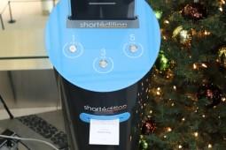 این دستگاه خودپرداز به جای پول به شما  داستان میدهد