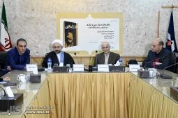 فراستخواه: پروژه انسان شاد را در ایران دنبال کنیم