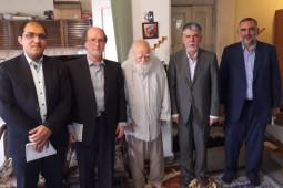 وزیر فرهنگ ارشاد اسلامی با محمدرضا حکیمی دیدار کرد