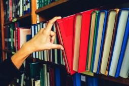 خرید 12 میلیاردی نهاد کتابخانههای عمومی در سال 96 از ناشران