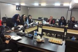 مروری بر فعالیتهای انجمن زنان ناشر در یک نشست