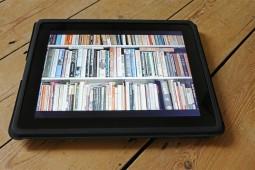 بازدیدکنندگان در نمایشگاه کتاب با نشر الکترونیک آشنا میشوند
