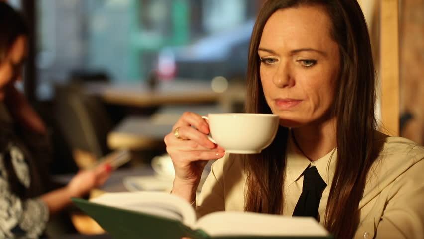 آیدهآلترین مکانها برای لذت بردن از مطالعه یک کتاب