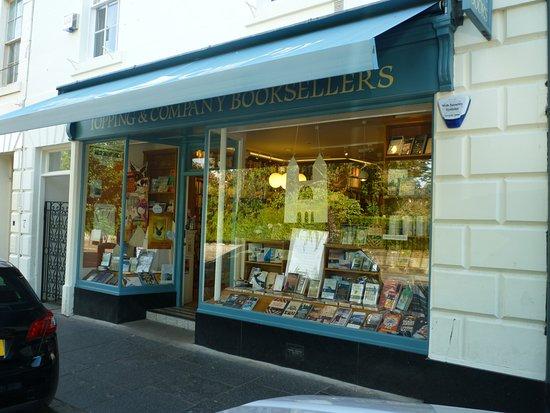 بهترین کتابفروشیهای اسکاتلند/از شلیک به کیندل تا دست دوم فروشیها