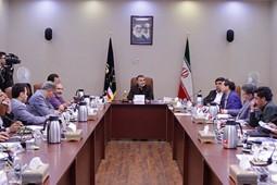 استقبال چشمگیر شعرا از جشنواره ایران ساخت
