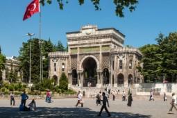 ادبیات بعد از کودتا و داستانهای فانتزی استانبول