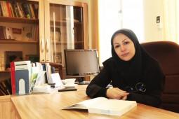 هیچکس با خواندن کتاب روشهای تحقیق پژوهشگر نمیشود/هدفم ارتقای زبان فارسی است