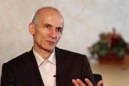 فراستخواه از «بومیگرایی در ایران» با توجه به آثار نراقی میگوید