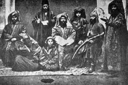 نخستین شاهد مکتوب آیینهای محرم در دوره صفویه چه کسی بود؟