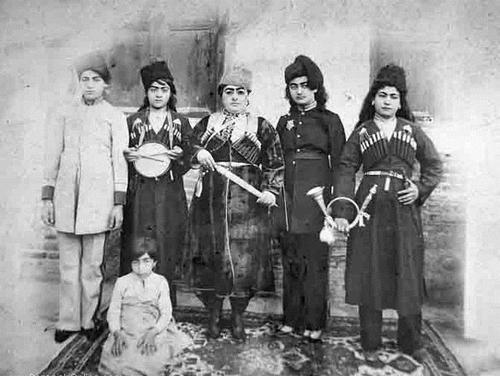 خاطرات ندیمه حرمسرای ناصری از تعزیه زنانه/ روایت علویه خانم از تکیه دولت