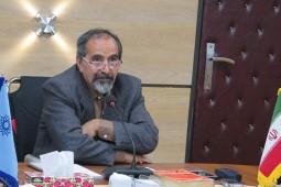 آزادارمکی: اشرف استبداد را مانع بزرگ رشد سرمایهداری در ایران میداند