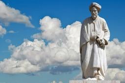 سعدی یک اندرزنامهنویس مردمی است/ سیاستنامهنویسی مایه فخر ایرانیان است