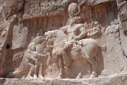 چرا دودمان ساسانی پرمنبعترین دوران تاریخ ایران باستان بهشمار میآید؟