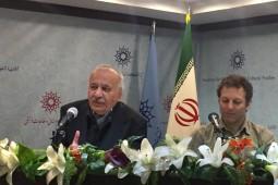 تکمیل همایون: فراستخواه باید در کتابش ما را با مکانیزمهای شکست آموزش و پرورش در ایران آشنا کند