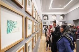 German artist's 'Tribute to Hafez' paid in Isfahan