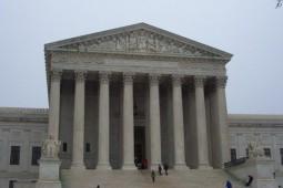 قانون جدید دیوان عالی آمریکا در مورد حقوق نویسندگان