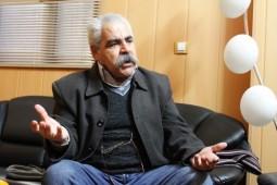در هفتادوچهارمین زادروز نویسنده «اندکی سایه»: با مرگ احمد بیگدلی یک ستون از ادبیات اصفهان کم شد