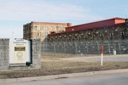 رمانهای مارتین و پترسون در لیست ممنوعه زندانهای آمریکا