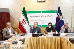 نامورمطلق: سده نوزدهم قرن تاریکی تاریخ ایران است