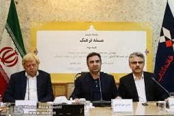 سیدمحمد بهشتی: انگار اهل سرزمینمان نیستیم