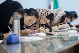 Chinese students welcome Persian language improvement courses