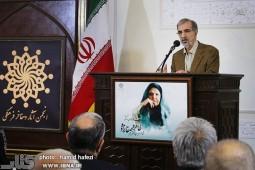 موسوی گرمارودی: طاهره؛ فروغی برتر در شعر ایران بود