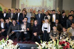 A group of bibliophile villager with former Iranian  Culture Minister Ali Jannati (center)   ‎‎