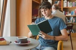 7 راهکار برای خواندن کتابهای بیشتر