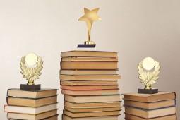 آیا دوران جوایز ادبی به سر رسیده؟