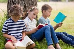 روز جهانی کتاب در سایه کرونا/کلاً نوجوانان به مطالعه کتاب بیعلاقه هستند