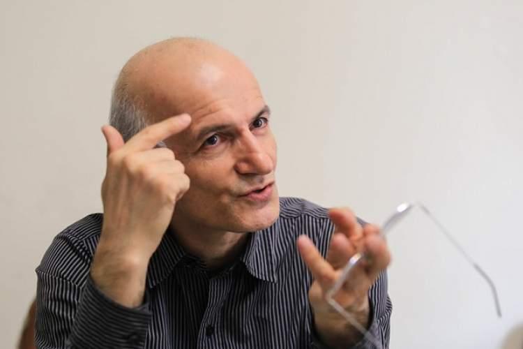 علوم اجتماعی و انسانی در ایران مقفل است/ موسسات سندروم قفسه دارند